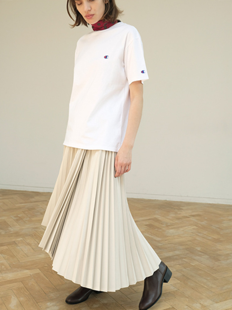 【FRAY I.D×Champion】バックロゴTシャツ