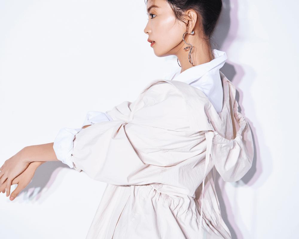 矢野未希子が着る、心が躍る大ぶりなフラワープリントのスカート │ FRAY I.D(フレイアイディー)公式サイト